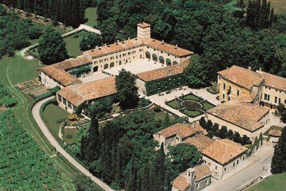 Seregeo-Alighieri-Villa